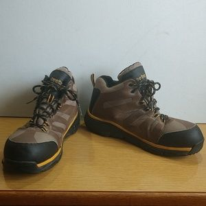 Reebok Men,s Hiking boots, Sz 10.5